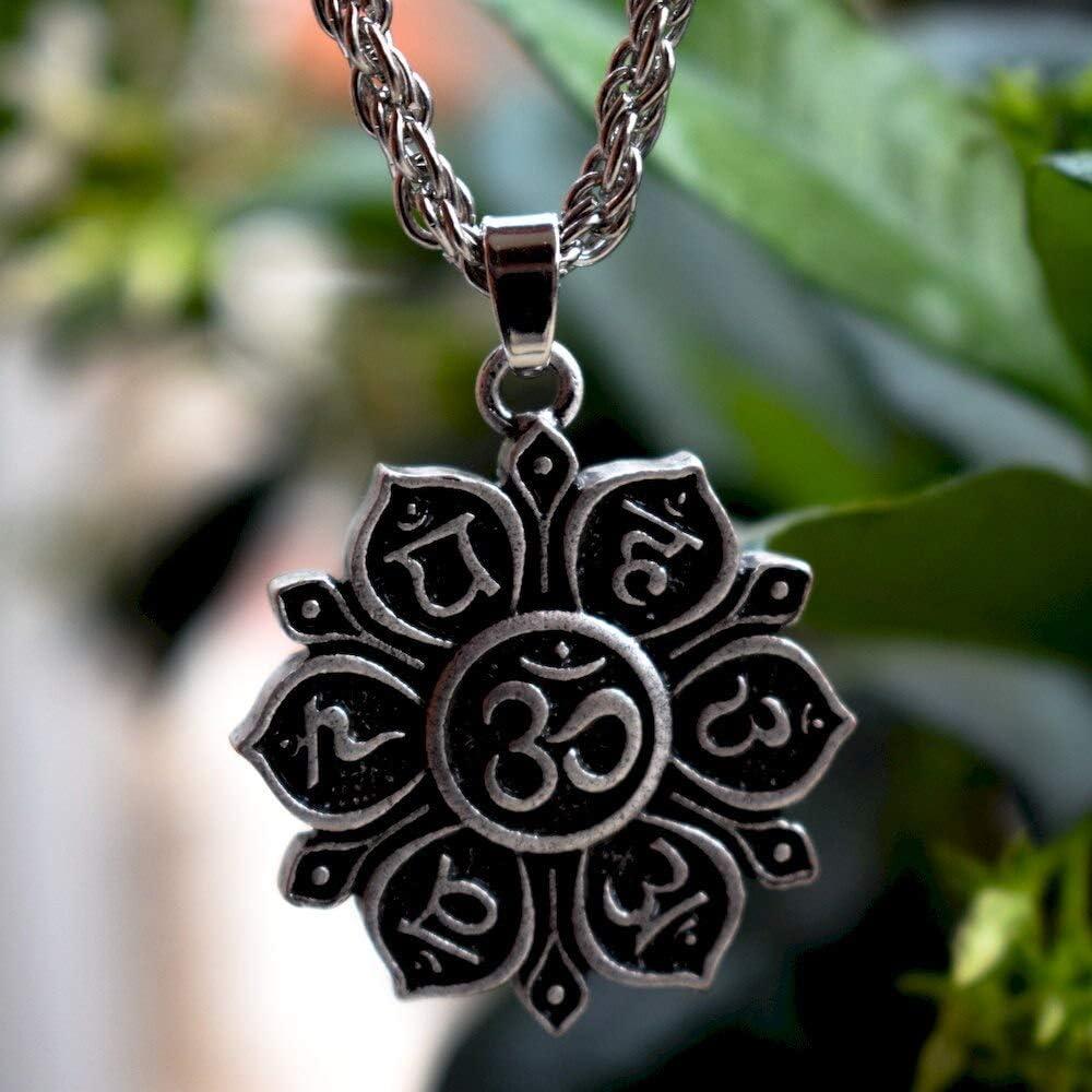 1Pcs Double Side Yoga 7 Chakra Charms Buddhist Mandala Necklace Om Lotus Flower Meditation Amulet