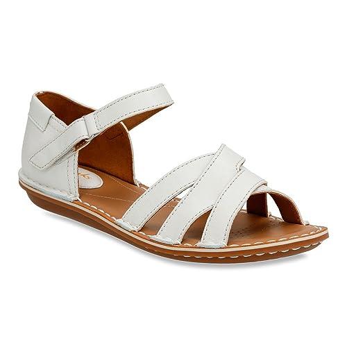 ade3080c8ebf Clarks Women s Tustin Sahara Ankle Strap Sandal Off White Leather 8.5 B(M)  US  Amazon.in  Shoes   Handbags