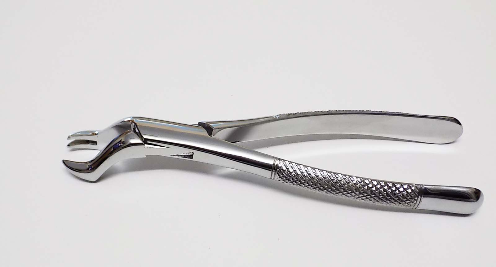Extracting forceps upper 1st and 2nd molar-left surgical Forceps # 88 R, Tasrou Brand