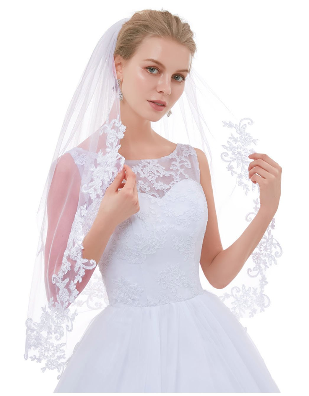 Greenia Soft Tulle 2 Tier Lace Wedding Veil for Bride GN-V12