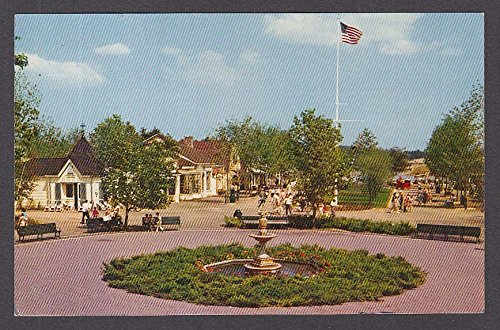 (Entrance to Fun at Pleasure Island Wakefield MA postcard 1960s)