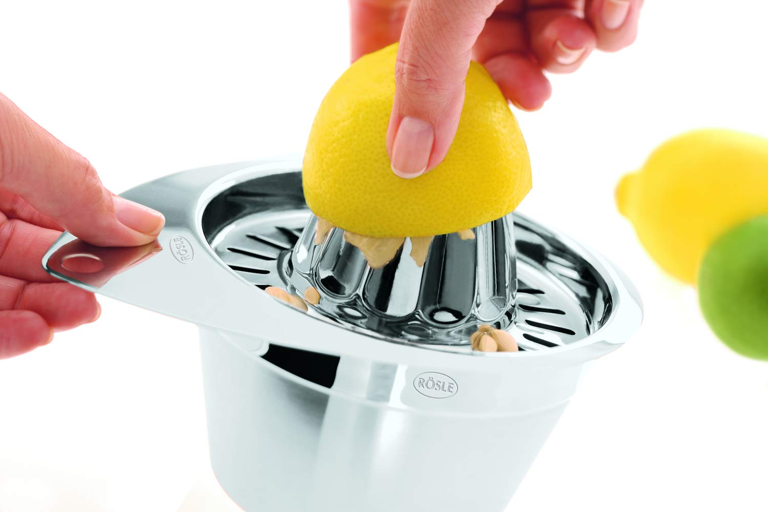 Fine StainlessLUX Houseware for Your Home StainlessLUX 73601 Brilliant Stainless Steel Juicer//Fruit Squeezer