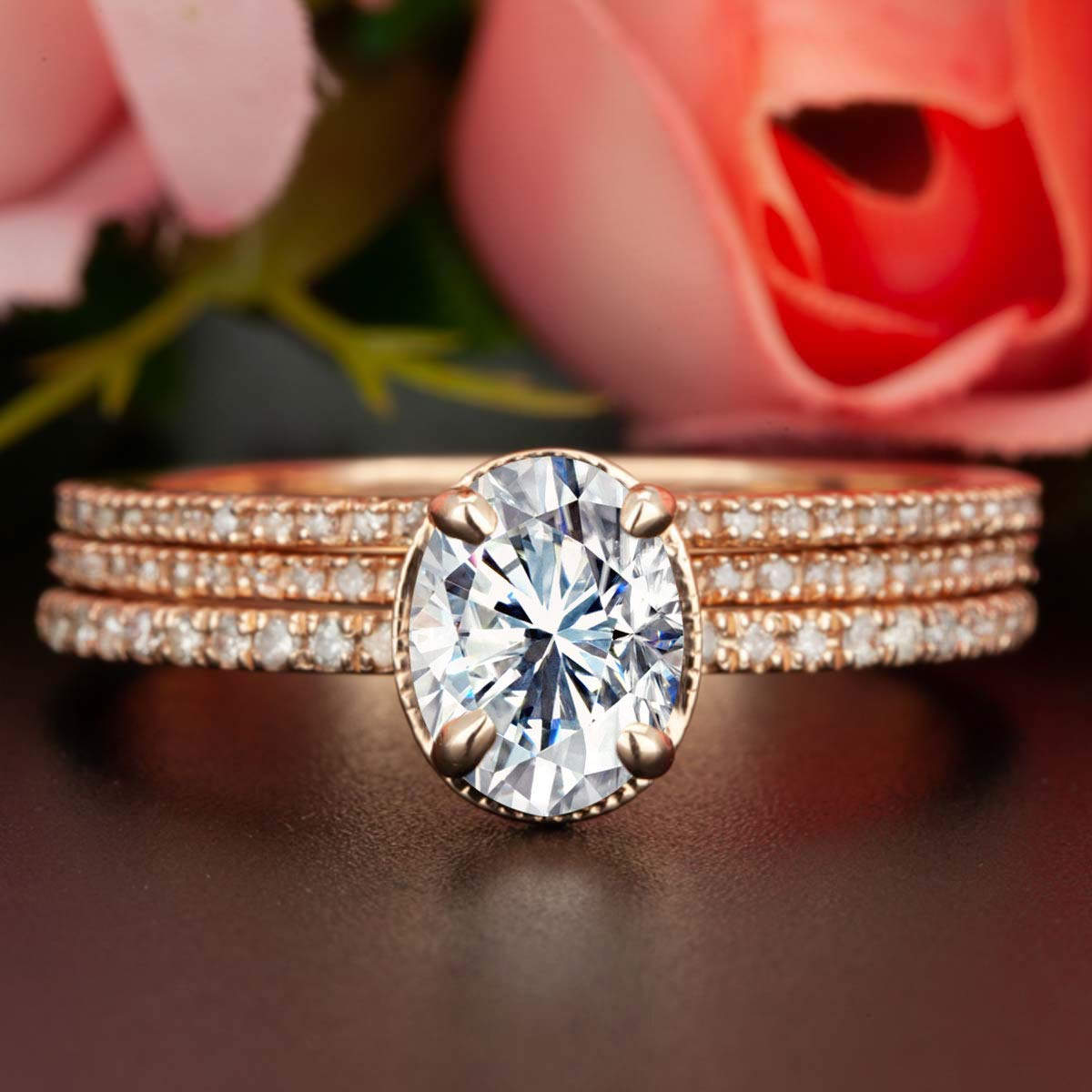 a73a9b9c5fec0 Amazon.com: 2 Carat Oval Cut Moissanite and Diamond Trio Wedding ...
