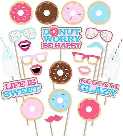 Amazon.com: Donut Photo Booth Props - Juego de 22 accesorios ...