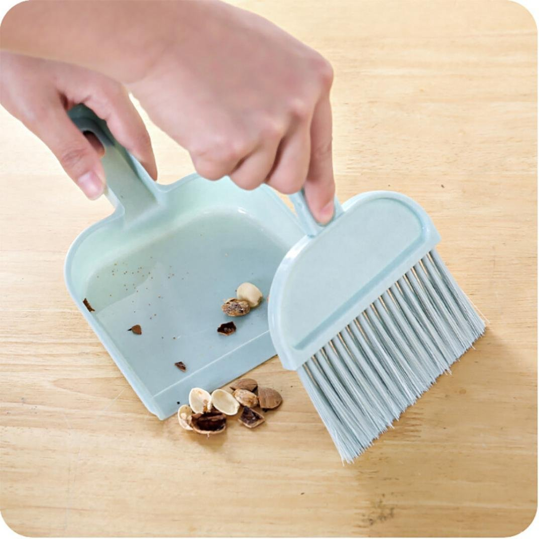 HKFV Superb Creative Mini Sweep Sweeper Home Sweep Office Desk Sweep Mini Desktop Sweep Cleaning Brush Small Broom Dustpan Set (Sky Blue)