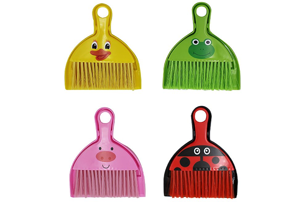 Diamond Visions 01-1572 Animal Brush and Dust Pan Multi-Pack in Assorted Designs and Colors (4 Animal Brush/Pans)