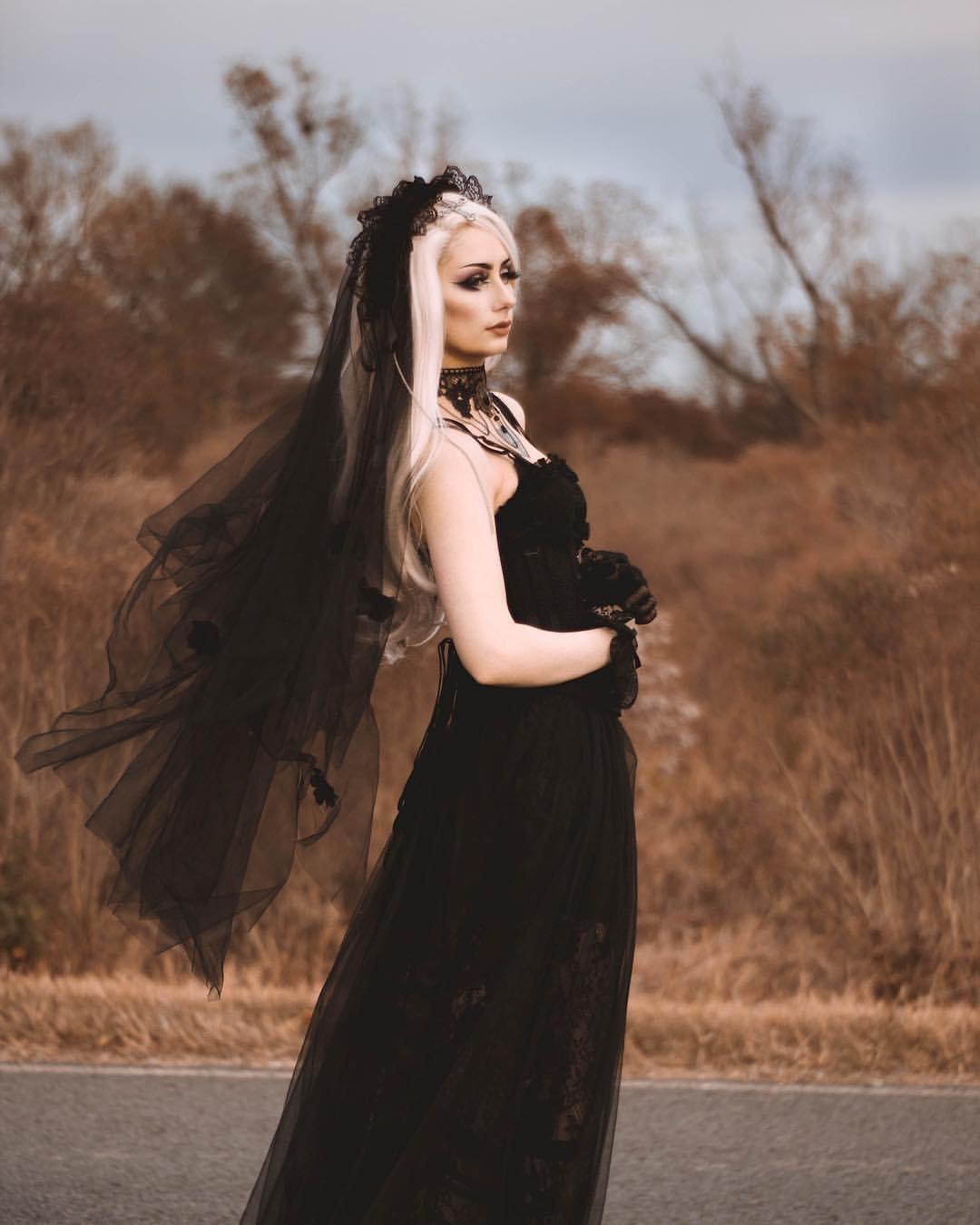 AHW004 Gothic bride cross veil by DARK IN LOVE (Image #4)