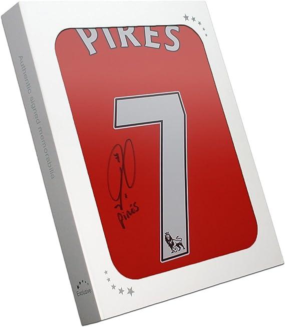 Robert Pires Firmado camisa del fútbol del arsenal en caja de regalo: Amazon.es: Deportes y aire libre