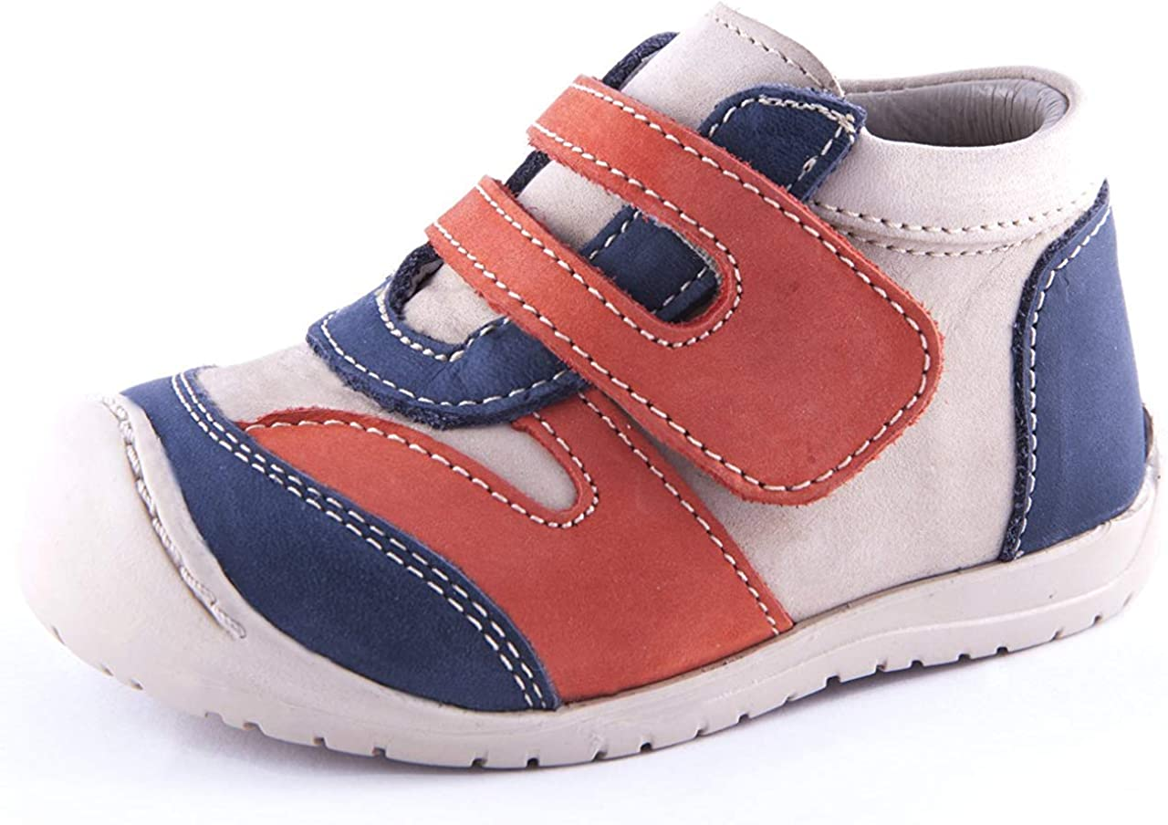 Wobbly Waddlers Urban Logan Toddler Boy Boots Flats with Ankle and Arch Support