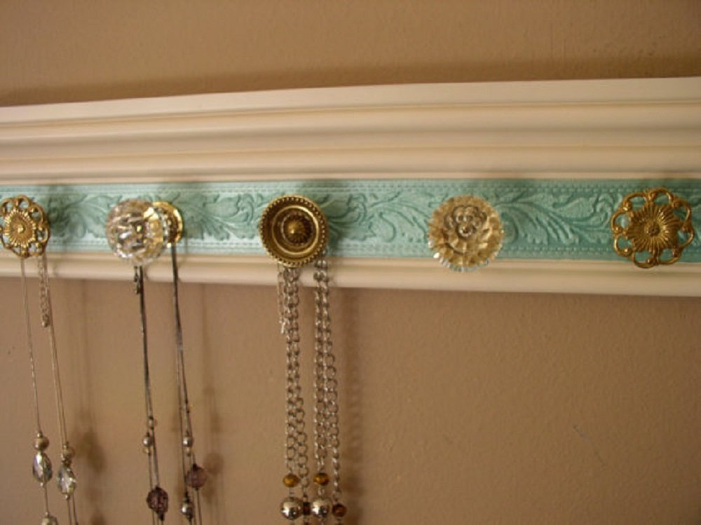 3 sizes available 5, 7 or 9 knobs. Jewelry organizer / Necklace Holder