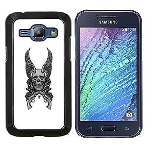 """Be-Star Único Patrón Plástico Duro Fundas Cover Cubre Hard Case Cover Para Samsung Galaxy J1 / J100 ( Alas Armas Blanco Negro del cráneo de la Muerte"""" )"""