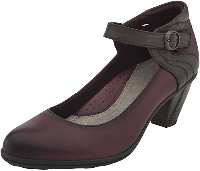 f62c2c6c6e05 Amazon.com  Earth Women s Wine Garnet 6.5 Medium US  Shoes