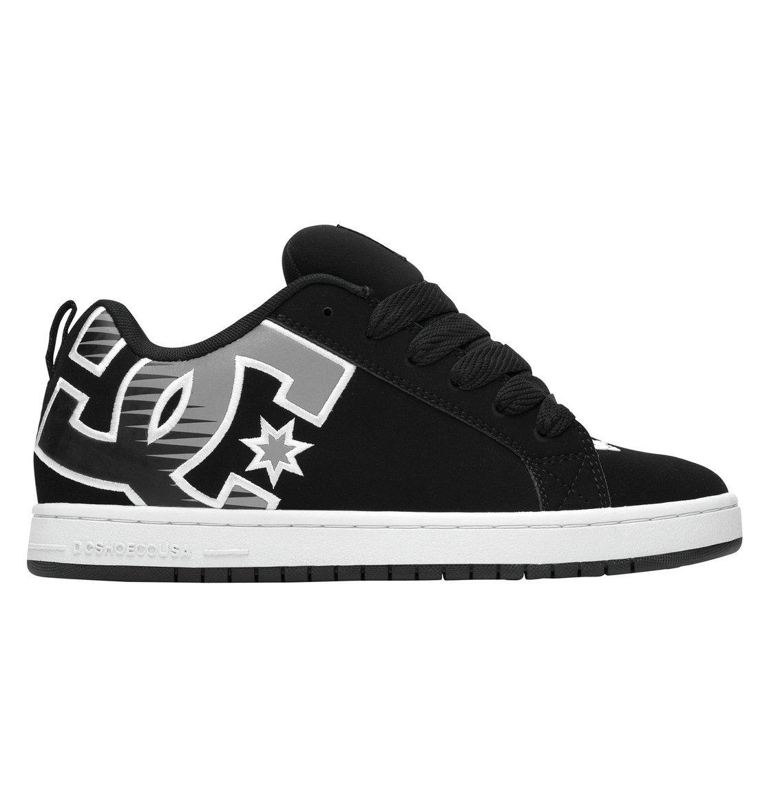 Court Graffik SE Skateboarding Shoe