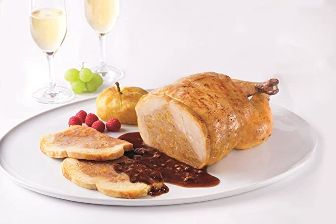 CASCAJARES - Capón relleno de Foie, Orejones de Albaricoque y Piñones. Capón relleno de 2,5 kilos y un litro de salsa de albaricoque, para 10-12 personas.