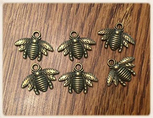 - 24 Bee Charms - Antique Bronze - Ships from USA