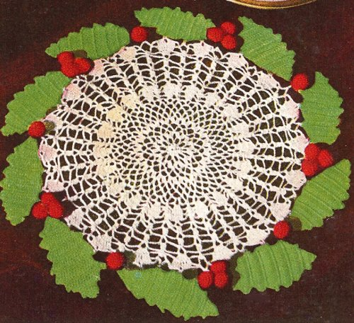 (Vintage Crochet PATTERN to make - Christmas XMAS HOLLY Berries Wreath Doily. NOT a finished item. This is a pattern and/or instructions to make the item)
