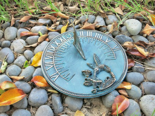 (Solid Brass Hummingbird Sundial 8