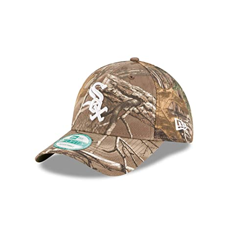 ecfdb052c972e Amazon.com   New Era Chicago White Sox The League Realtree Camo 9FORTY  Adjustable Hat Cap   Sports   Outdoors