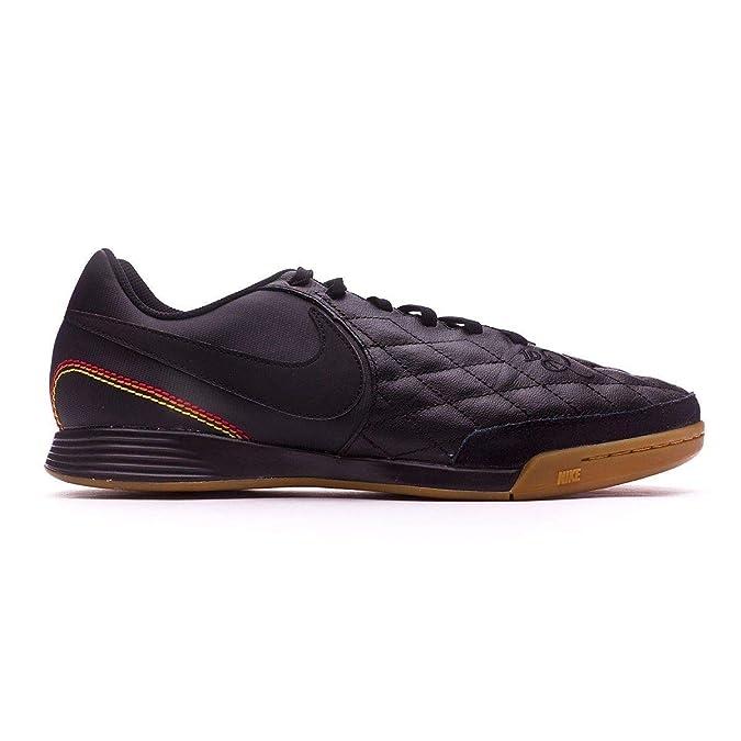 newest 31466 8b128 Amazon.com   Nike Tiempo Ligera IV 10R IC Ronaldhino Soccer Shoes Black  Gold   Soccer