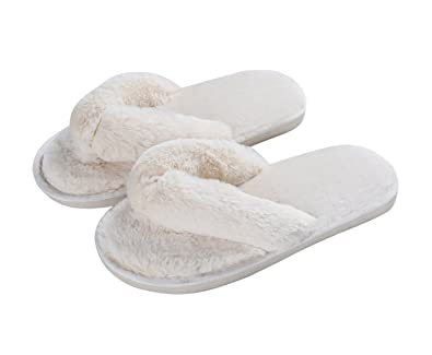 1521cff3c Image Unavailable. Image not available for. Color  Cozy Plush Flip Flops  Slippers for Women ...