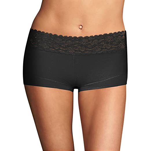 daf22c8e556 Maidenform® Cotton Dream® Boyshort With Lace Black 6 at Amazon Women s  Clothing store