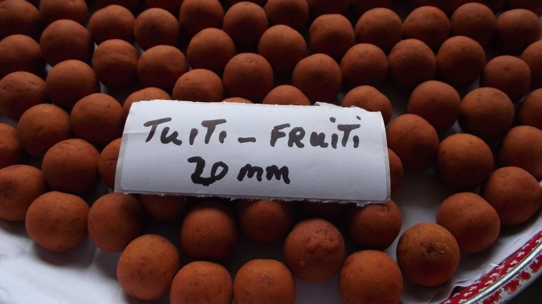 10 kg TUTI-FRUITI 20mm Boilies , Carp Bait SHELF LIFE Carp Bait SHELF LIFE (1) Kai-X Baits