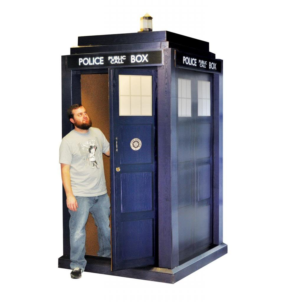 3D TARDIS - BBC's Doctor Who - Advanced Graphics Life Size Cardboard Standup by Advanced Graphics