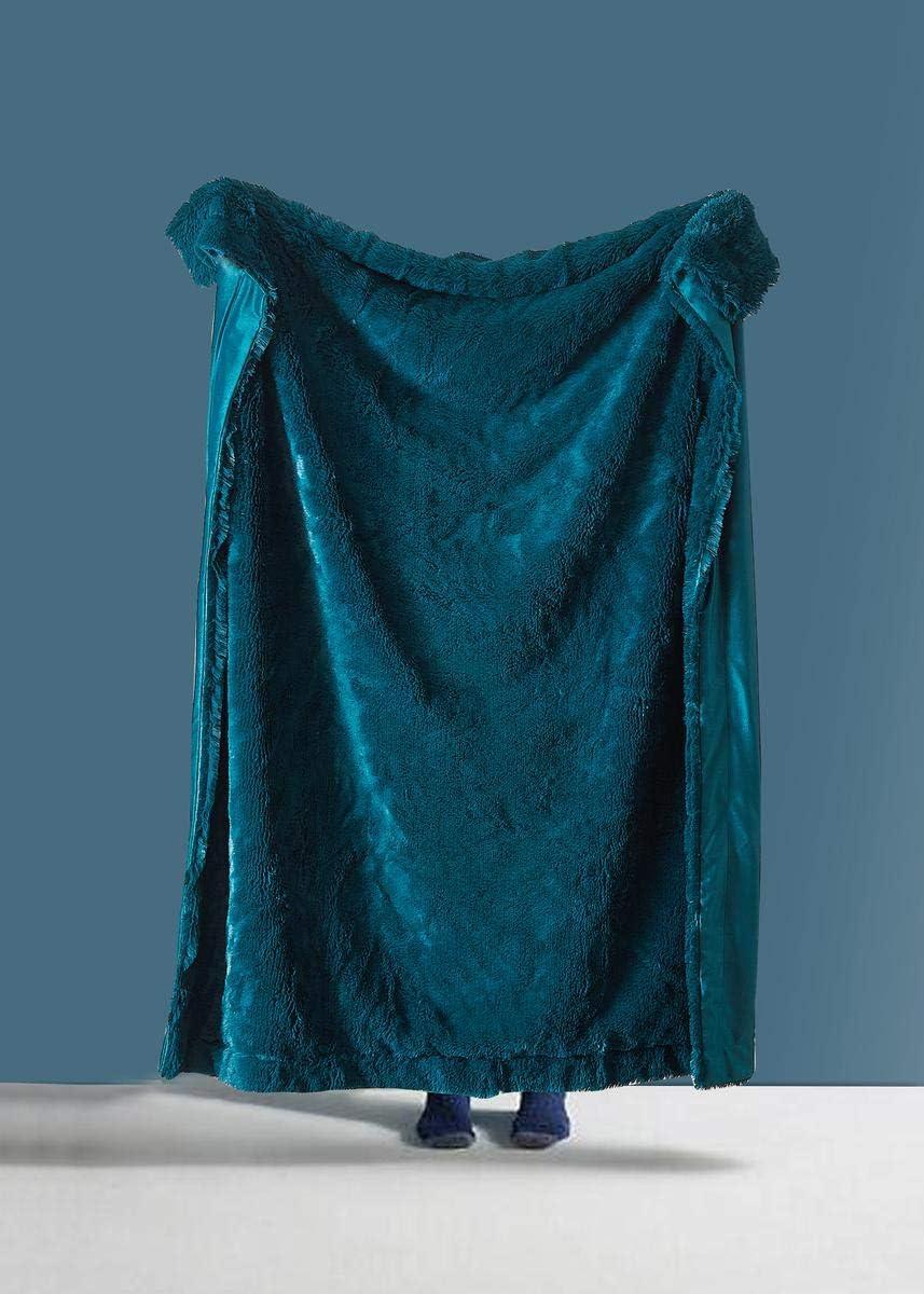 DE MOOCCI Super Soft Shaggy Chic Fuzzy Faux Fur Throw Blanket 50''x60'', Warm Fluffy Elegant and Cozy (Emerald)
