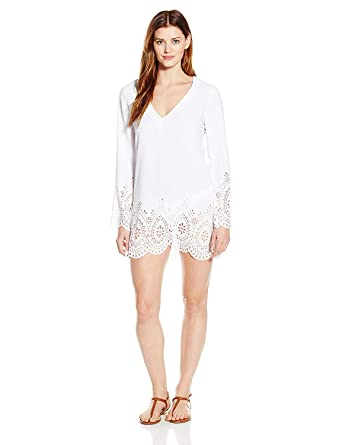 b7ab610f33e Kenneth Cole REACTION Women's Scalloped Away V Neck Tunic Coverup