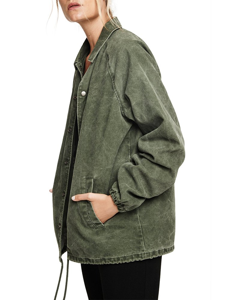 Spiritual Gangster Love More Coach Jacket (Army, S)