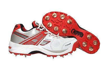 lightweight cricket shoes