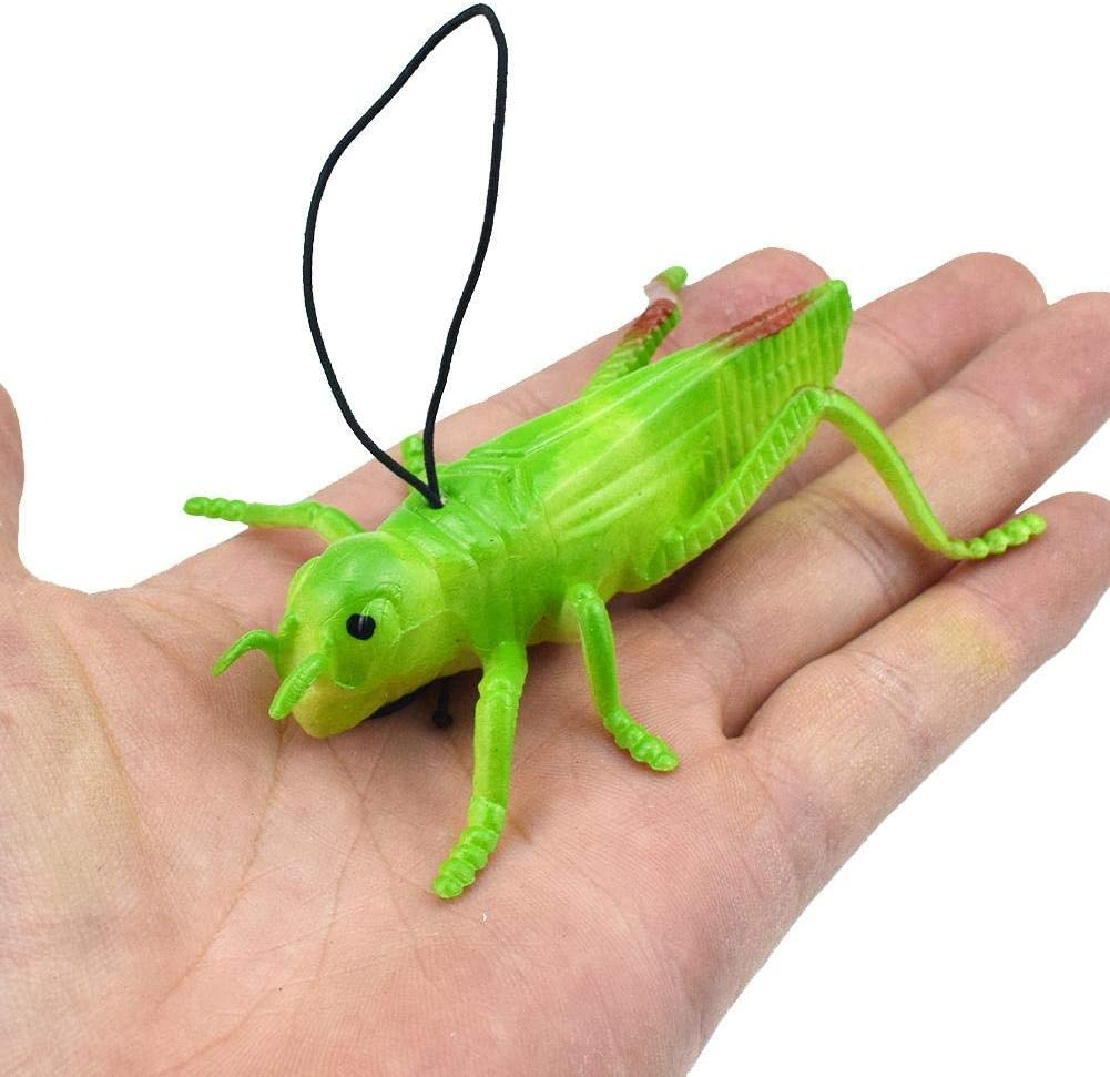 Vivid Plastic Animal Small Figure Toy Fake Insect Bug Model w// Magnet Lizard