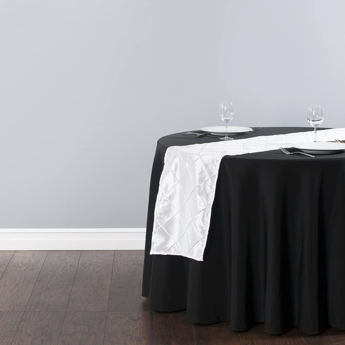 LinenTablecloth 14 x 108 in Sequin Table Runner Black