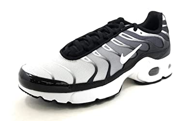 670289a83d35b Amazon.com | Nike Air Max Plus Gs 'Black White' Boys/Girls | Sneakers