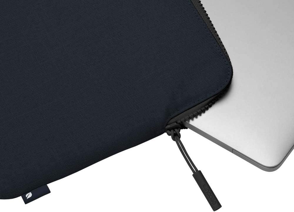 USB-C Thunderbolt /& MacBook Air 13 w//Retina Incase Slim Sleeve with Woolenex for MacBook Pro 13