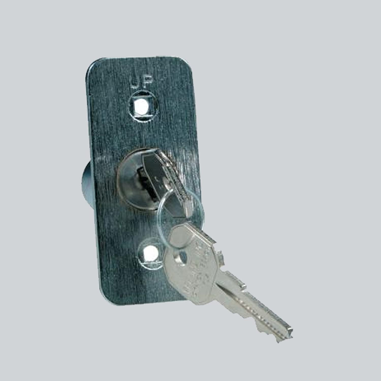Chamberlain 7702cb P Garage Door Quick Release Lock And Key G7702cb P