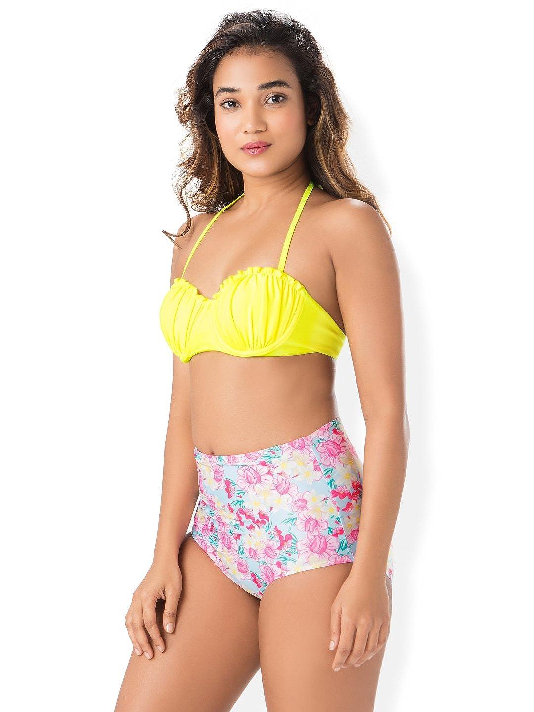 49b56ccb9bfe2 PrettySecrets Bandeau High Waist Bottom Bikini  Amazon.in  Clothing    Accessories