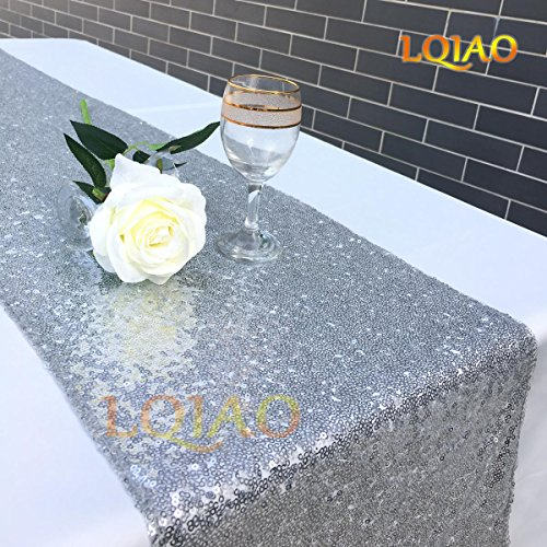 LQIAO GLITZY SEQUINS TABLE RUNNER- Sparking Wedding Table Runners for Party/Birthday/Wedding/Banquet/Christmas Decoration,30x180cm,(Silver)