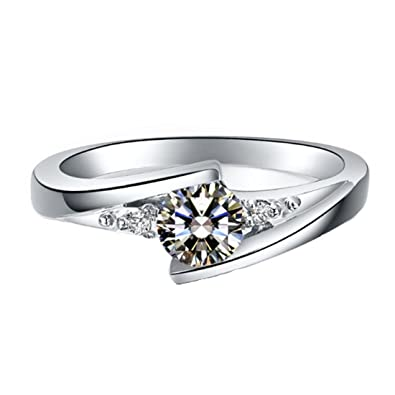 507890b7a09c0 Amazon.com: THREE MAN Solid 18K White Gold Moissanite Ring for Women ...