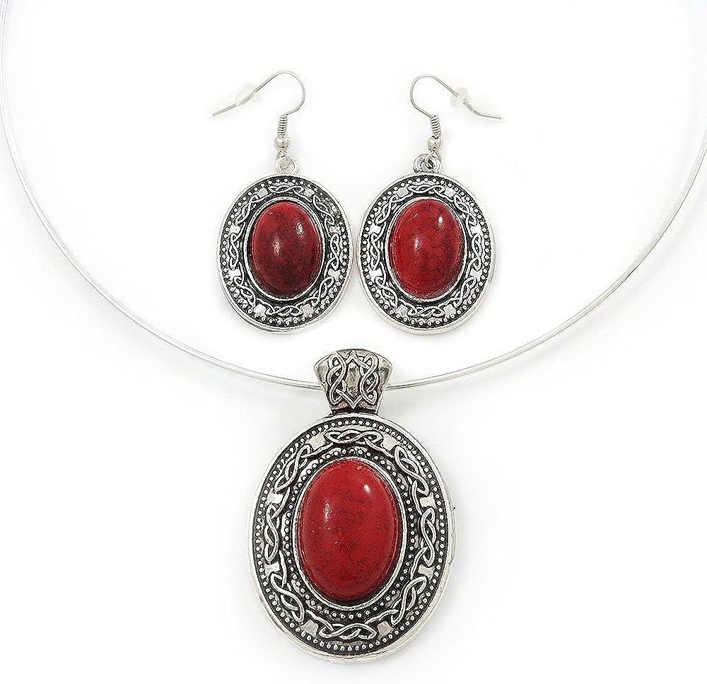 Conjunto de Pendientes y Collar de Alambre Flexible con Dije Medallón Ovalado Rojo Coral con enchapado de Plata