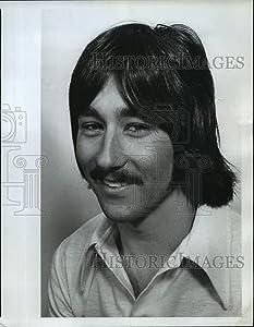 Historic Images - 1977 Press Photo Jim Krueger, Sunset Junior Sprinter Ran 10.5 100 Yard Dash