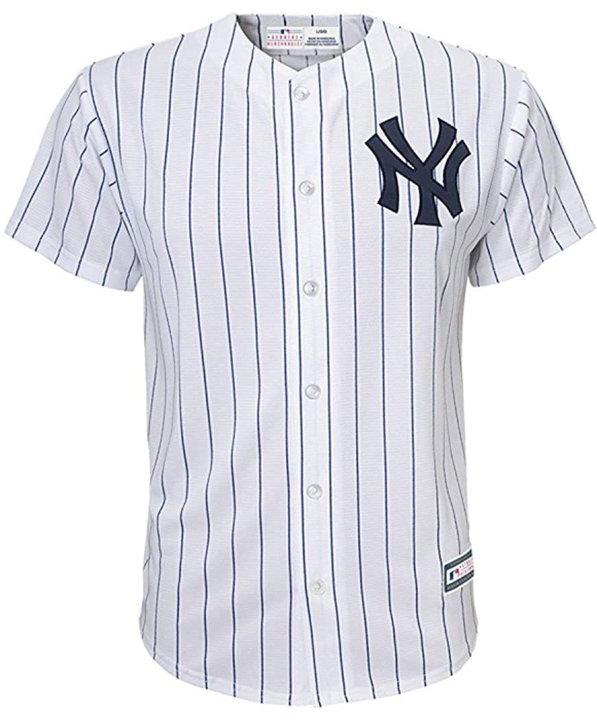 6ccec0295aa Amazon.com  Outerstuff Babe Ruth New York Yankees White Youth Cool Base  Home Replica Jersey  Clothing