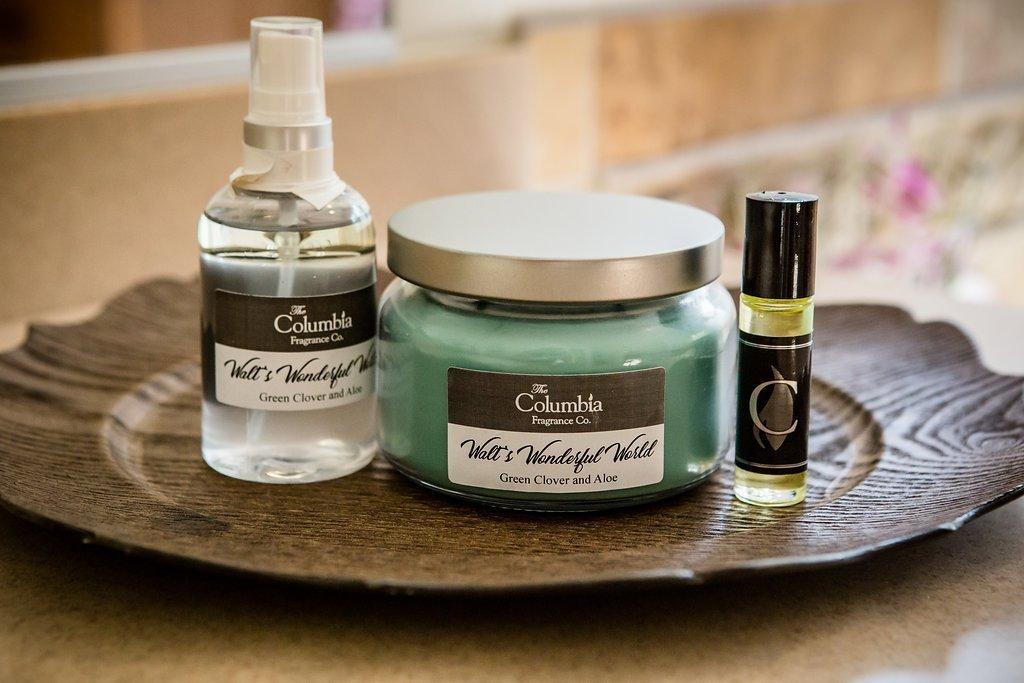 WALT'S WONDERFUL WORLD - Green Clover and Aloe candle, 8 oz