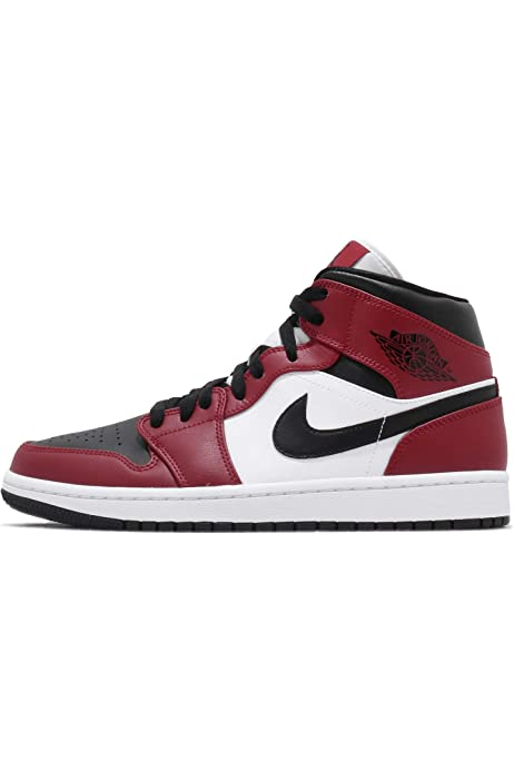 Amazon Com Jordan Air 1 Mid Chicago Black Toe Basketball