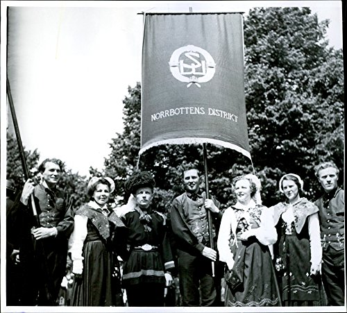 Vintage photo of The political bond Meeting nationwide meetings with Norbbottens nation banner