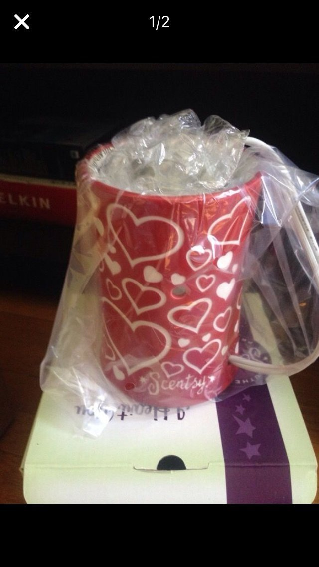 SCENTSY I HEART YOU VALENTINES WARMER