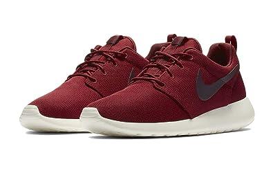 d71a015b280e Nike Mens Roshe One Running Sneaker Team Red Burgundy Ash-Sail 511881-