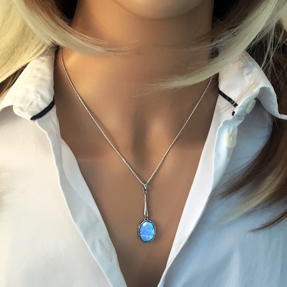 Colgante de opalo azul