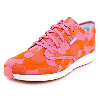 5d61cb1b18c Reebok Women s Skyscape Chase Walking Shoe