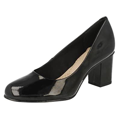 clarks ladies court shoes